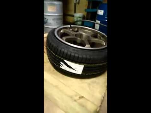 Tire stretching 235/40/18 on 9.5J 5Zigen wheels. R33 Succes!