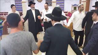 #x202b;הרב יצחק לוי | רב העיר נשר | שמחת בית השואבה והקבלת פני רבו#x202c;lrm;