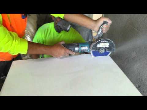 Cutting quartz with new blade