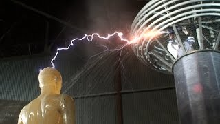 The MythBusters Control a Lightning Bolt With a Stream of Water