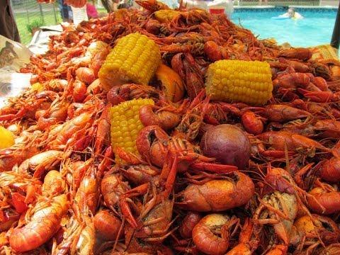Ultimate Cajun Crawfish Boil