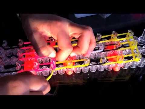How to Make a Minion Charm Rainbow Loom