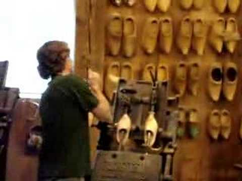 How to make Wooden shoes