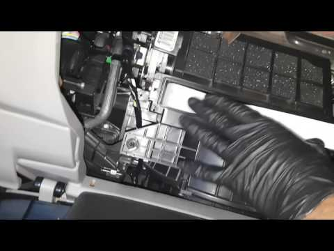 How to change cabin air filter on 2014 Honda civic