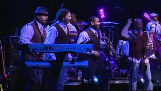 Chuck Brown Performs 'Wind Me Up!'