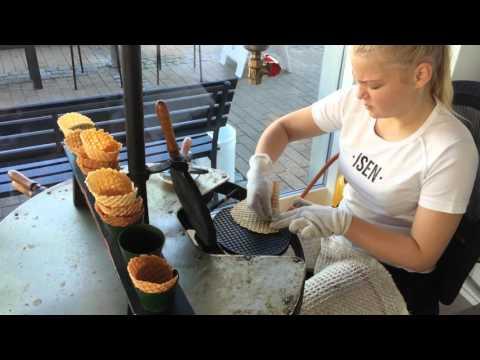 Homemade ice cream cones in ISEN in Gilleleje
