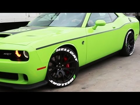 AMAZING STARTUP SOUND & TAKEOFF FROM GREEN HELLCAT CHALLENGER (SRT)