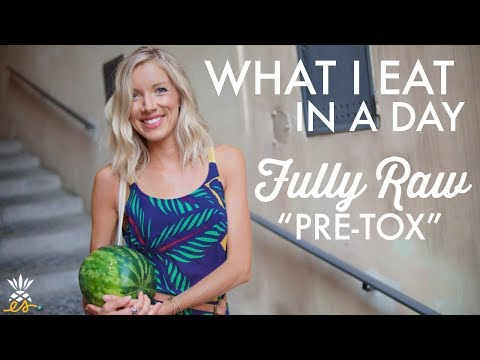 What I Eat In A Day: Fully Raw Vegan, Pre Juice Feast + Our Summer Recap