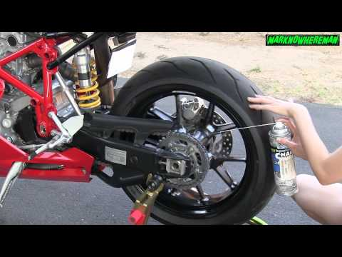 How to clean & wax the chain of a Motorcycle? + Correct Tire Pressure