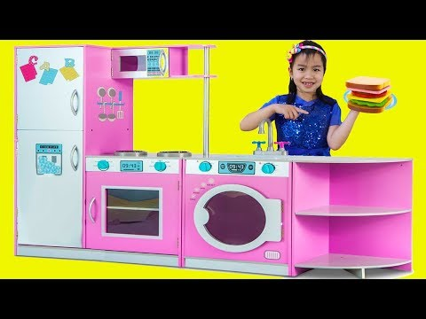 Jannie Pretend Play with DELUXE Kitchen Toy Set