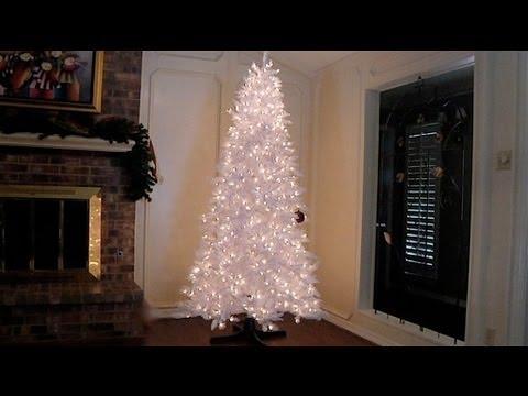Choosing a Unique Artificial Christmas Tree