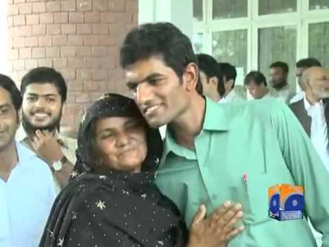 Graduate Tandoor Boy Mohsin Ali On Top in punjab university obtaining 688 numbers.