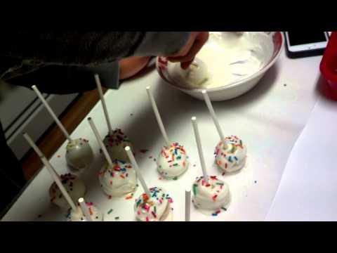 Making cake pops round 3