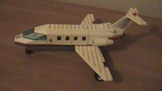 Пассажирский самолёт СУ-100 из Lego