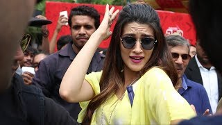 Red Fm Does Flash Mob at Dilli Haat with Bareilly Ki Barfi