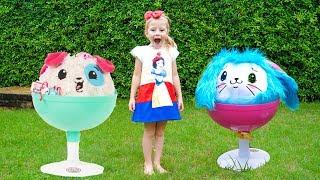 Download Настя и забавные игрушки играют на детской площадке Видео для детей Video