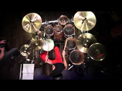 Drumless Tracks at Drumeo! Live Drumming w/ Amazing Drum Sound - Pearl Masters