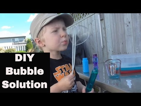 How to: Make Your Own Bubbles! - DIY Bubble solution