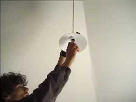 How to Change your household lightbulbs