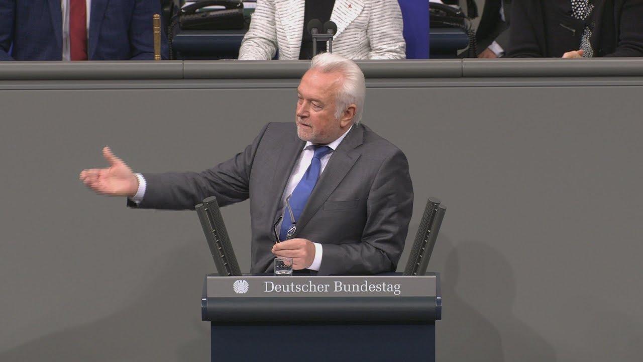 Bundestag: Wolfgang Kubicki liefert sich Schlagabtausch mit AfD