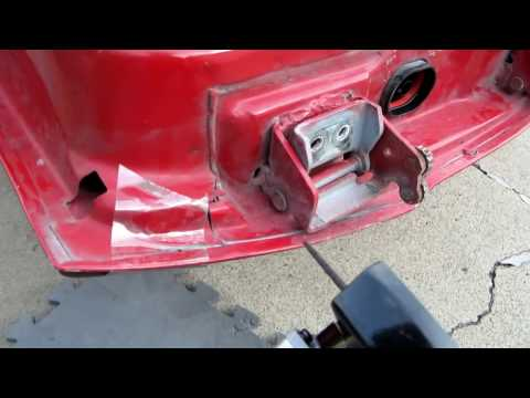 How to Replace Door Hinge Pins on a Jeep Grand Cherokee Limited