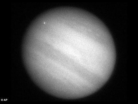 The multi  comet that crashed into Jupiter a decade