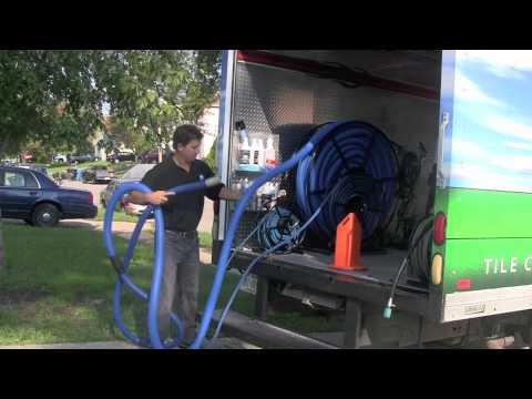 HOW TO:BRING CARPET CLEANING VACUUM LINES IN *TIP*