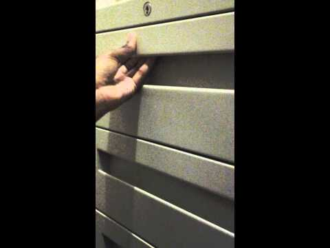 How to open a safe without a key
