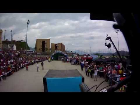 Amazing downhill ride by Marcelo Gutierrez at the Manizales Urban Race