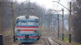ЭР 2 - классическая электричка