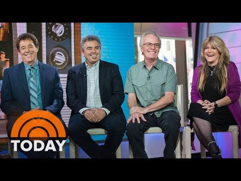 'Brady Bunch' Stars Have A Very Brady Reunion, Honor Florence Henderson | TODAY
