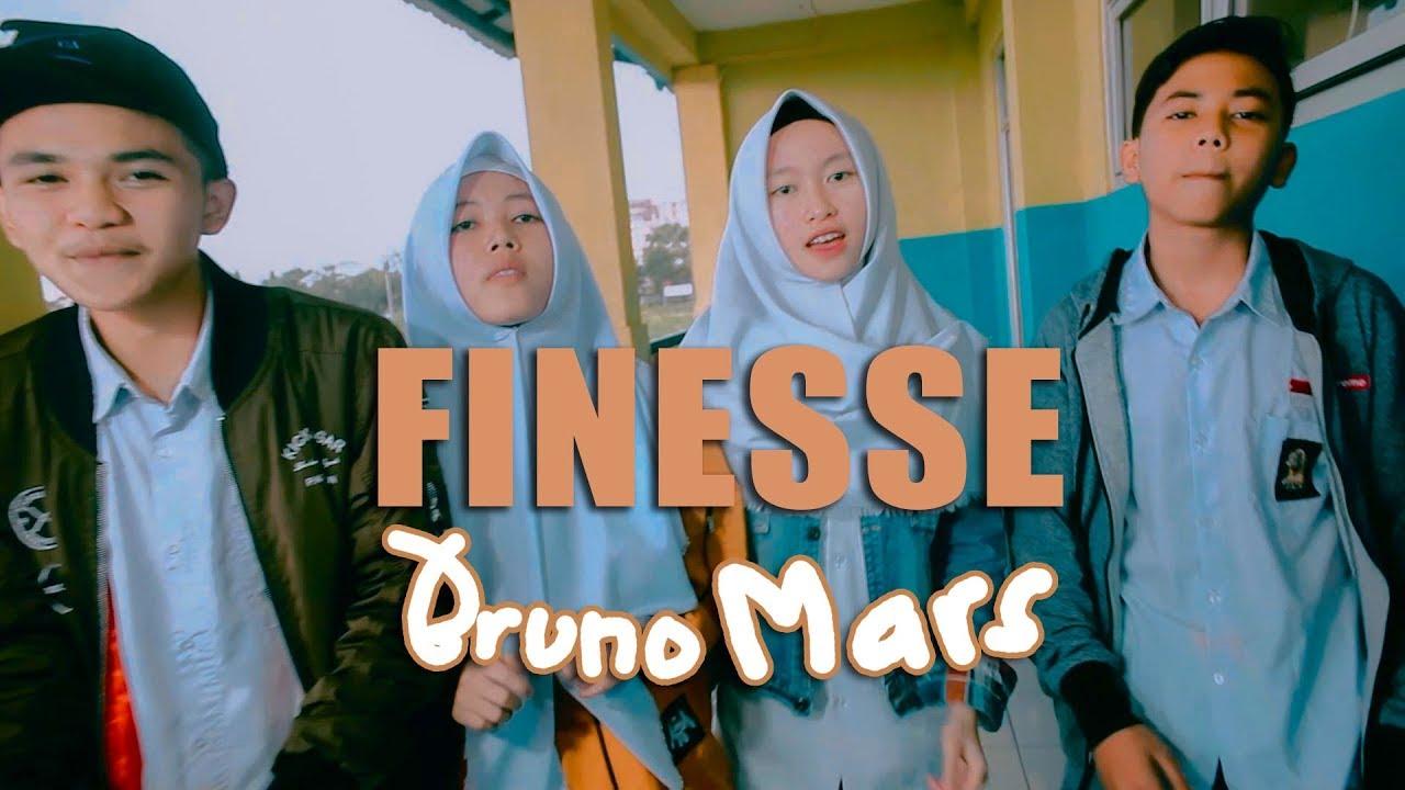 Download Bruno Mars - Finesse (Cover By Putih Abu abu) MP3 Gratis