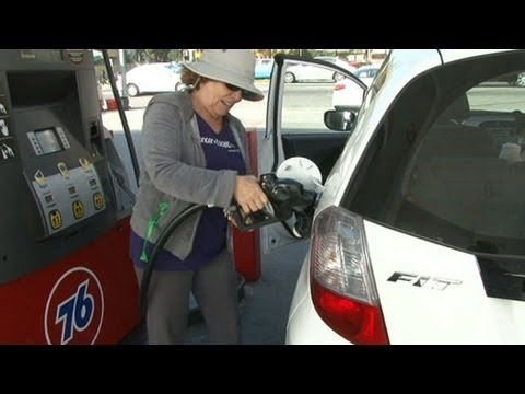 Gas Price Average Drops Across America Before Christmas Holiday
