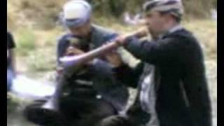 03 Refik Berisha dhe Gazmend Kapllani   në fshatin Brezne Opojë  -loja e katërt-