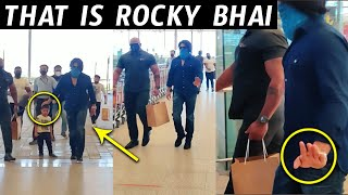 Exclusive Video: KGF HERO Yash MACHO ENTRY to Airport | ROCKY Bhai Entry | Wallpost