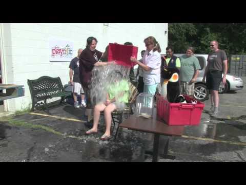 Playrific - Ice Bucket Challenge - Slow motion