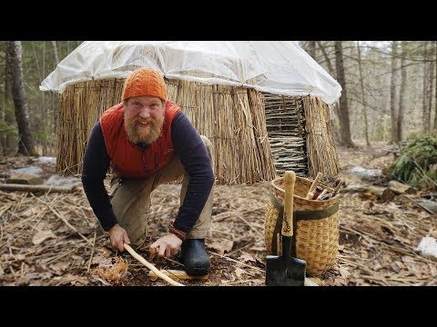 Catch And Cook A Pizza In The Dutch Oven and How To Start A Fire With A Bow Drill (87 days Ep. 28)