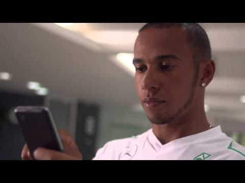 Lewis Hamilton Introduces The BlackBerry Z30 Smartphone : First Look