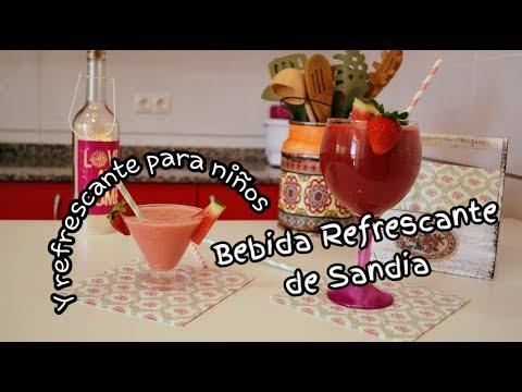 Bebida refrescante de sandia fresas y vino / receta casera