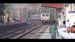 High Speed Overtake By Ahmedabad Shatabdi Express Of Gujarat Express At Gholvad ( In 4K UHD )