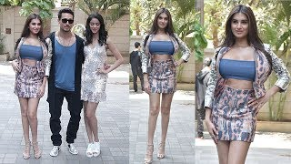 Download Wow! Tara Sutaria's H0T ENTRY in Open Dress Next To Ananya Panday & Tiger Shroff @SOTY 2 Promotions Video