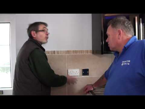 Domestic Electricity Demonstration Part 4 - Ring Main, Radial Circuits, Fuses and Amps