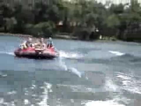 2009 Fun Water Tubing Wipeouts and Wake Boarding Crashes