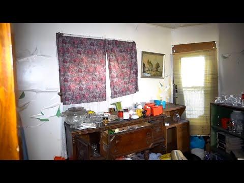 SAD ABANDONED HOARDER's HOUSE | PILES of CLOTHING, Left Everything Behind