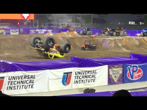 Monster Jam 2016 San Diego Freestyle Titan Caches Fire