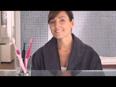 Clean the outside of your dental implants with TePe Implant Brush