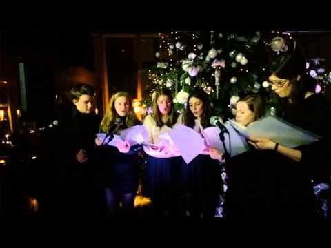 Christmas carols at aqua shard - December 2014