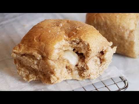 No Knead Honey Whole Wheat Dinner Rolls // Kevin Is Cooking