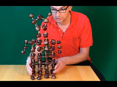 chestnut fun - build a huge conker robot
