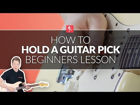 How To Hold A Pick Or Plectrum Properly - Beginners Guitar Lesson